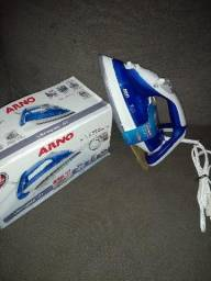 Ferro de passar a vapor Arno