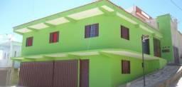 Casa para 12 pessoas, garagem para 3 carros, área para churrasco, vista para o por do sol