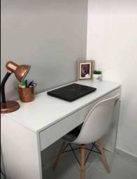 Mesa nova para estudo ou escritório