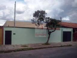 Título do anúncio: Casa no Novo Das Indústrias (Barreiro), Belo Horizonte.