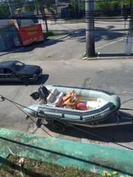 Bote inflável com comando a distância