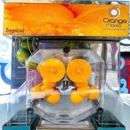 Máquina espremedor de laranja