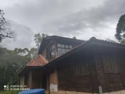 Casa para demolição ou desmontagem
