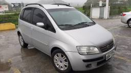 Fiat idea Hlx 1.8 ano 2006