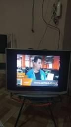 TV Samsung com conversor digital e antena