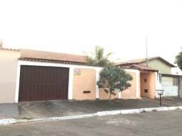 Título do anúncio: Ótima Casa de 3/4 suíte -Sozinha no lote -Bairro : Jardim Mariliza