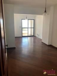 Centro - Apto 03 qtos, 93 m², 02 vagas, ótima localização.