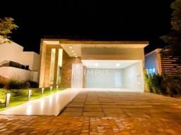 Belíssima casa em condomínio com 175m² e ótima localização em Uberlândia/MG.