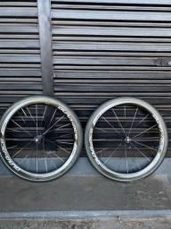 Título do anúncio: Rodas Shimano Dura-ace C50 carbono