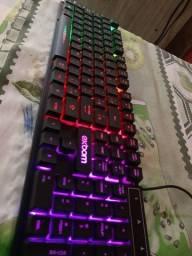 teclado gamer semi mecânico + mouse gamer.