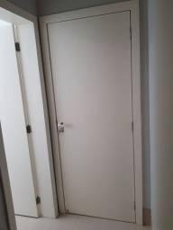 Título do anúncio: 11 portas laqueadas brancas com fechaduras Pado, todas as chaves e dobradiças