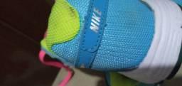 Vendo tênis  da Nike  original  tm 35