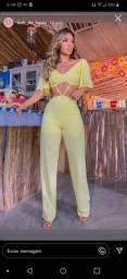 Macaquinho lindo amarelo