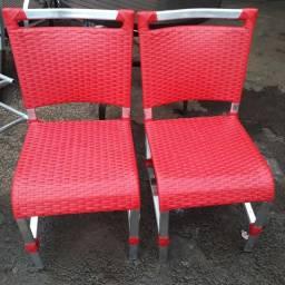 Cadeira de junco sintético e reforma