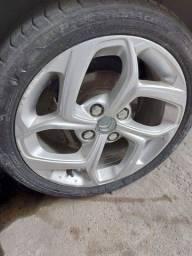 Título do anúncio: roda c3 aro 16 com pneus
