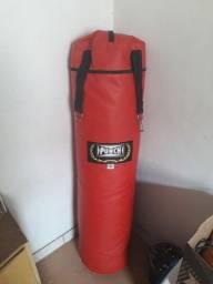 Saco de pancada Punch + luvas de boxe