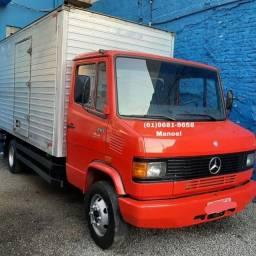 Título do anúncio: Caminhão Mb 710 2011 com baú