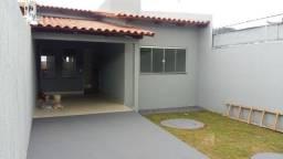 Título do anúncio: Casa no Jardim Itaipu com 3 quartos sendo uma suíte