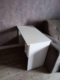 Título do anúncio: Escrivaninha Compacta