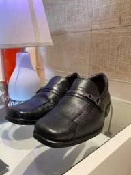 Sapato social infantil - excelente