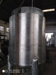 Reator em aço inox 304, volume útil 2500 litros