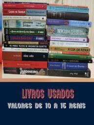 30 livros usados, alguns em estado novo por 120,00
