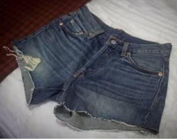 Título do anúncio: Shorts jeans Levi's 501 34-36