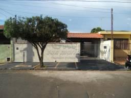 Casa à venda com 3 dormitórios em Parque dos laranjais, Jaboticabal cod:V3949