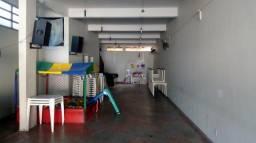 Salão comercial na R. São João Ferraz de Vasconcelos.
