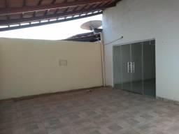 Alugo casa , conjunto planalto, por 900