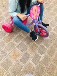 Triciclo velotrol Barbie Bandeirantes