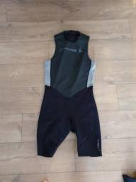 Wetsuit - Short John - Roupa de Borracha pra Surf