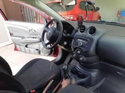 Nissan Versa SV 1.6 Flex Fuel 2014 - 2014