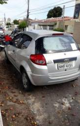Vendo ka 2010 com ar condicionado - 2010