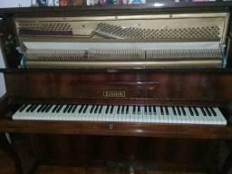 Piano Eckstein