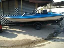 Barco de fibra e motor - 2010