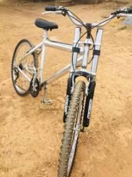 Bicicleta aro 26 (Troca e venda)