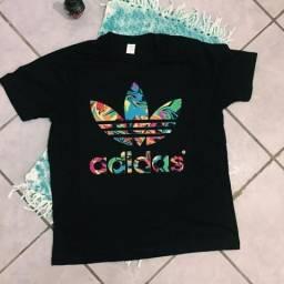 Camisa Adidas Padrão, Olhem nas fotos