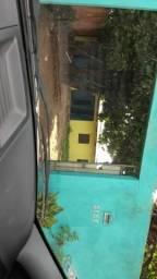 Casa sub esquina c Caula no escola ds polícia