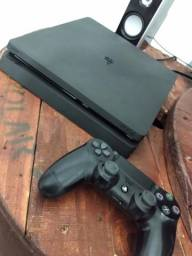 PS4 (1 Controle + PES2019)
