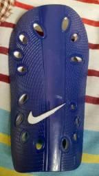 Vendo caneleira da Nike