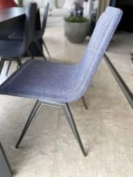 Cadeira do designer Marcelo Ligieri