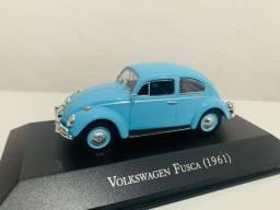 Miniatura Fusca Azul Volkswagem 61 Inesquecíveis Brasil 1/43