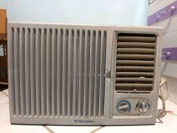 Ar condicionado Electrolux 7.500 btus 220 v