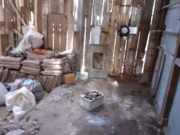 Vendo casa precisando reforma