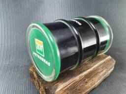 Barril petróleo enfeite