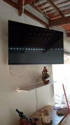 Vendo TV 49 polegadas Panasonic(Não smart) e TV 55 polegadas TCL 4K Smart