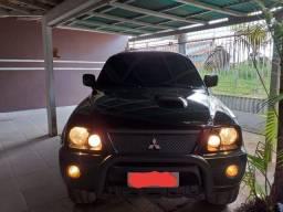 Mitsubishi a venda  4x4