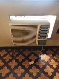 Título do anúncio: Ar condicionado springer silentia 10 mil btus, 220 volts