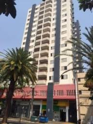 8398 | Apartamento para alugar com 3 quartos em Zona 01, Maringá